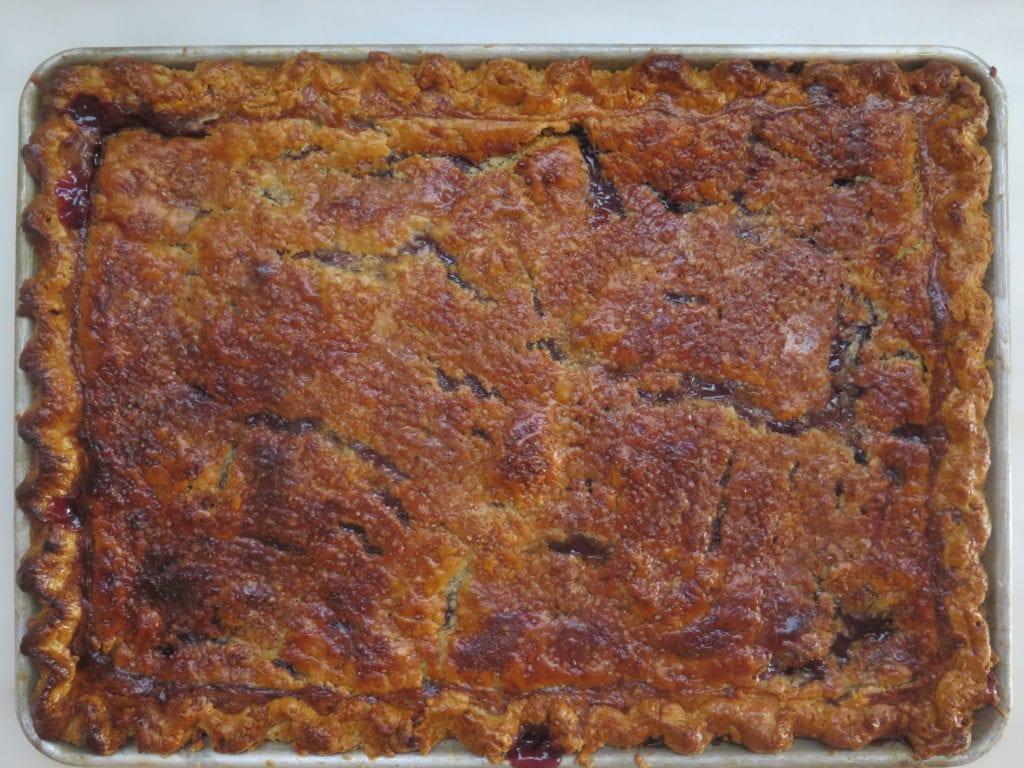concord grape slab pie